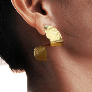 Women's Fashion Geometric Circle Earrings