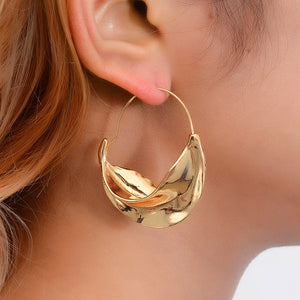 Creative ladies irregular metal floral basket earrings