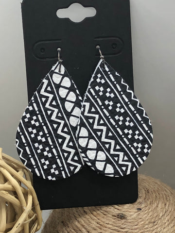 Black and white Aztec Tribal print