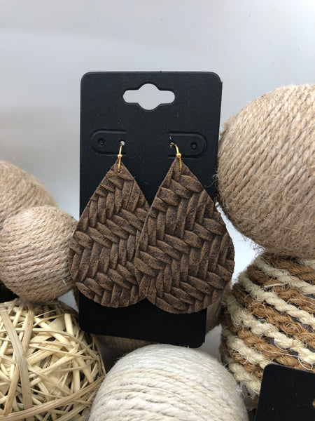 Dark brown fishtail textured leather earrings