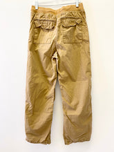 Load image into Gallery viewer, Gap Kids Khaki Pants