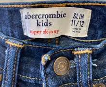 Load image into Gallery viewer, Abercrombie Jeans