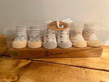 Load image into Gallery viewer, Chick Pea 3 Pack Newborn Booties Sock Set