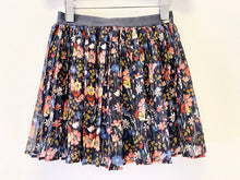 Load image into Gallery viewer, Mayoral Floral Skirt