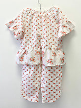 Load image into Gallery viewer, Gap Floral Pajama Set