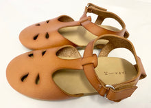 Load image into Gallery viewer, Zara Sandals, EUR 24