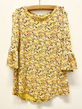 Load image into Gallery viewer, Old Navy Floral Shirt