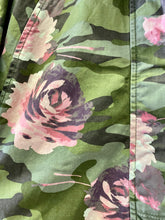 Load image into Gallery viewer, Gap Kids Camo Jacket