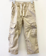 Load image into Gallery viewer, Old Navy Cargo Pants