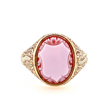 Load image into Gallery viewer, 9ct Old Gold SardOnyx Signet Ring - SOLD