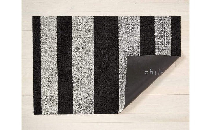 "Chilewich Bold Stripe Shag Mat Black/White 24""x36"""