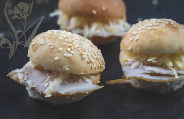 Turkey mini sandwiches