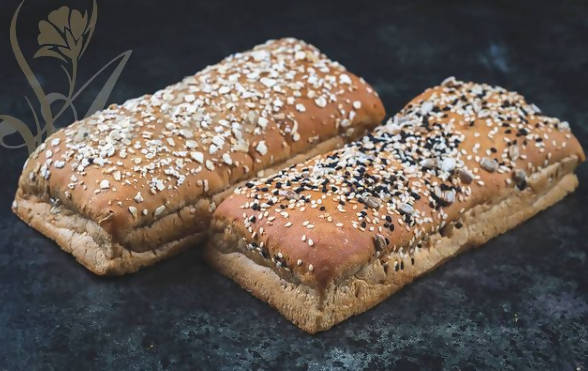 Kraft Corn Bread with several types (oats, assorted grains, plain)