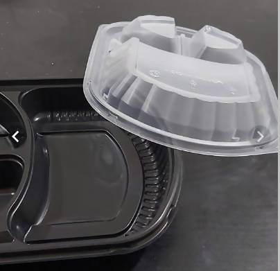 Divided or non-divided microwave dishes