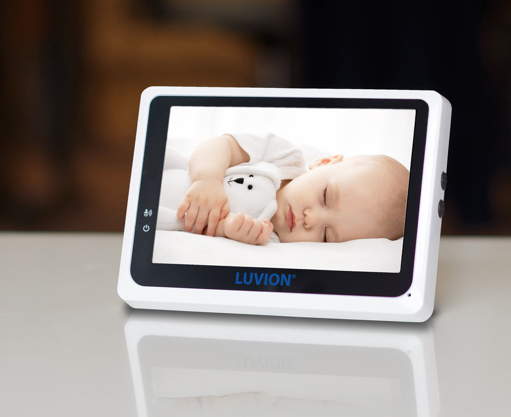 VOX function - The screen is activated when the baby makes sound.