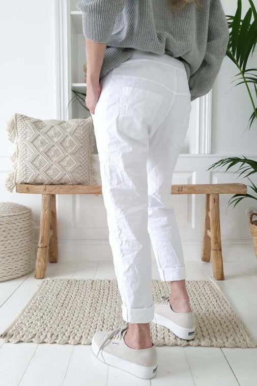 perfect jogger white