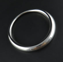 Load image into Gallery viewer, Thick and Thin Sterling Silver Bangle