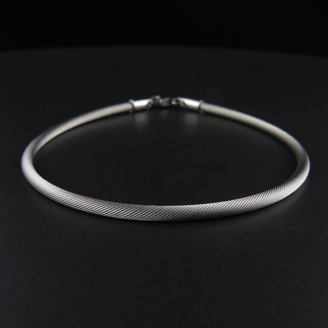 White Gold Silk Cable Bracelet