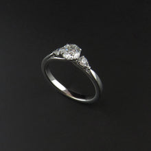Load image into Gallery viewer, Five Stone Diamond Ring