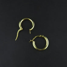 Load image into Gallery viewer, Round Hoop Earrings