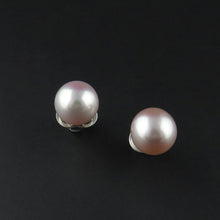 Load image into Gallery viewer, Pink Fresh Water Pearl Earrings