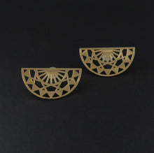 Load image into Gallery viewer, Pierced Fan Stud Earrings