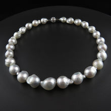 Load image into Gallery viewer, South Sea Baroque Pearl Strand