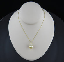 Load image into Gallery viewer, Diamond and Golden South Sea Pearl Pendant