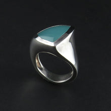 Load image into Gallery viewer, Silver Chalcedony Ring