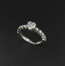 Load image into Gallery viewer, Double Claw White Gold Ring