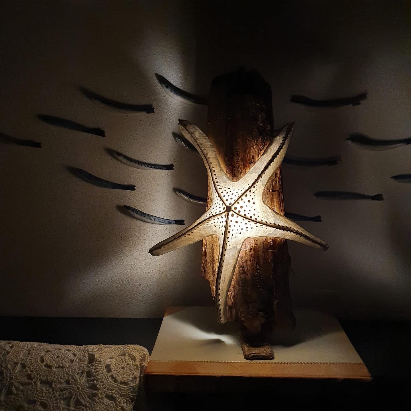 Starfish Lamp with Wooden Support
