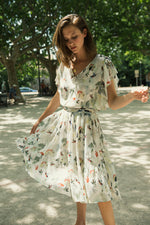 Load image into Gallery viewer, LEONCE Dress with Birds Print