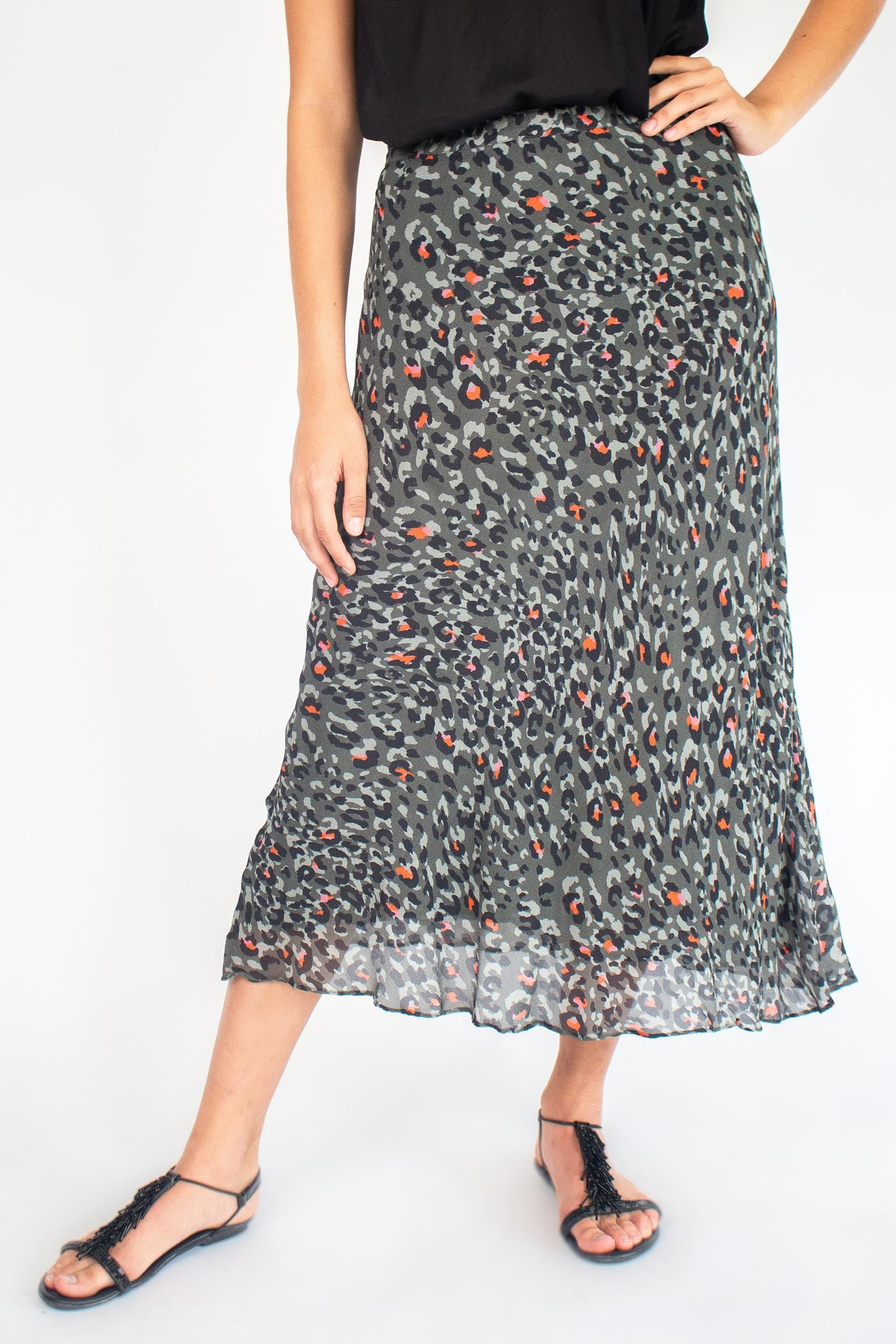VICTOIRE Skirt with Leo Print