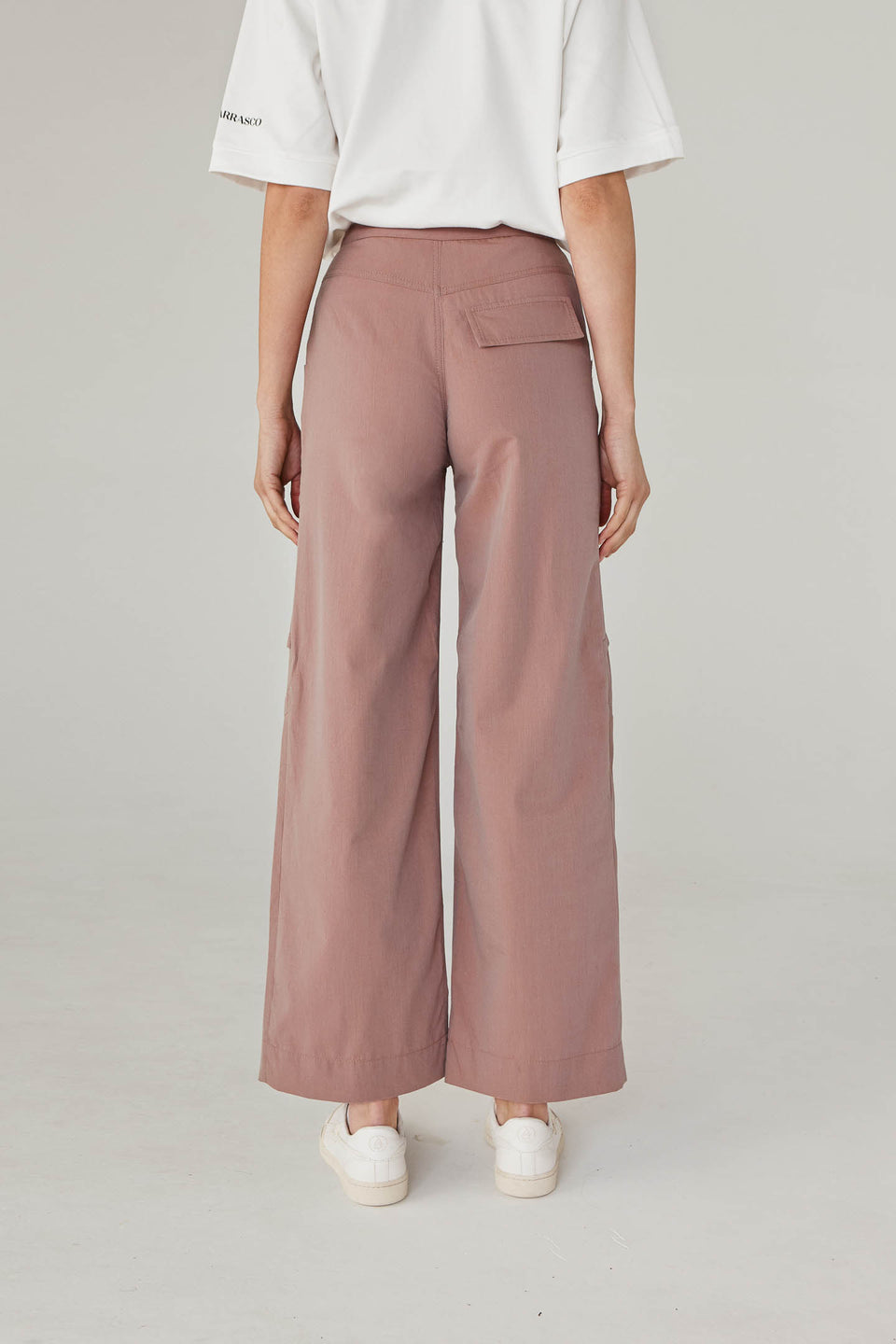 CLIPPED TROUSERS