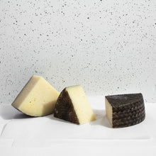 Load image into Gallery viewer, 12-Month Manchego - 200g