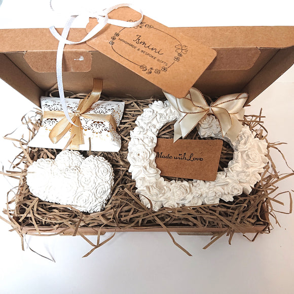 Giftset , large shabby chic, wall hanging heart, home fragrance, essential oil, handmade
