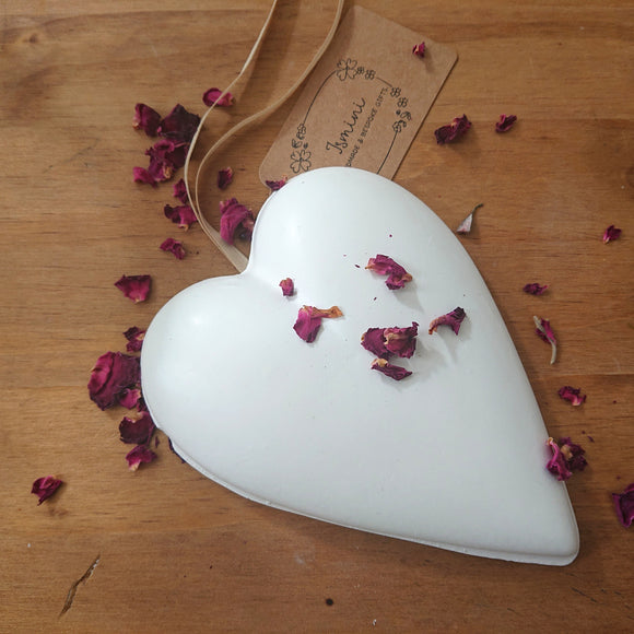 Handmade large heart ornament made out of plaster of Paris, wall hanging deco ,home deco ornament
