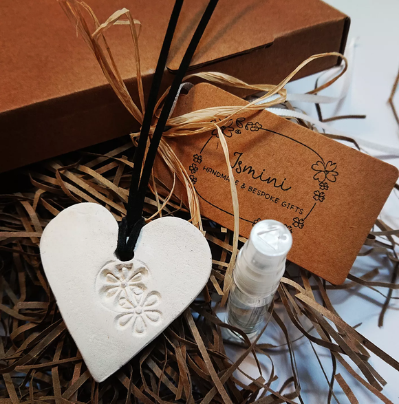 Handmade air dry clay heart essential oils car diffuser,aromatherapy