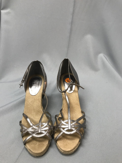 LOFT SIZE 8 1/2 Ladies SHOES