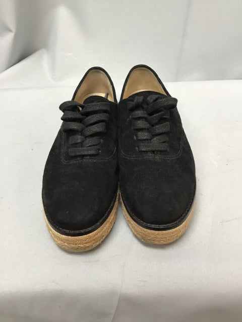 MICHAEL KORS SIZE 7 1/2 Ladies SHOES