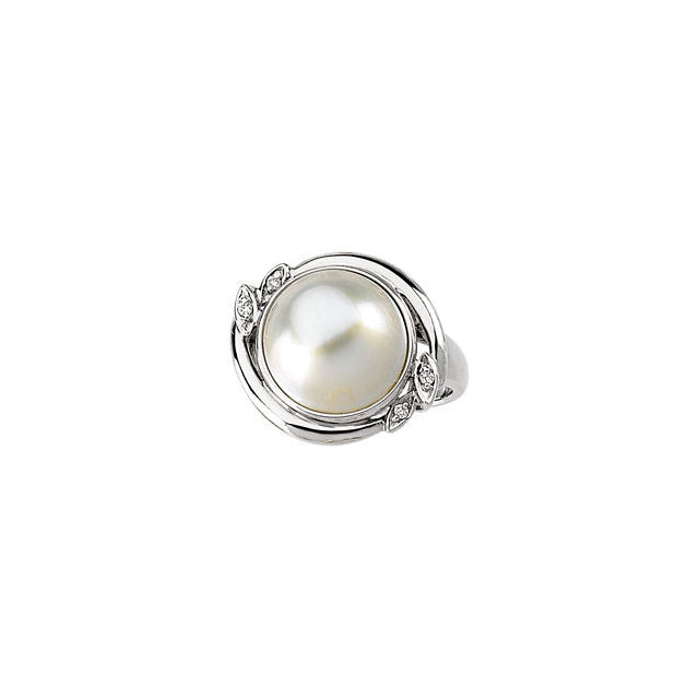 Ring > Pearl > Diamond & Mabe > .04 CTW