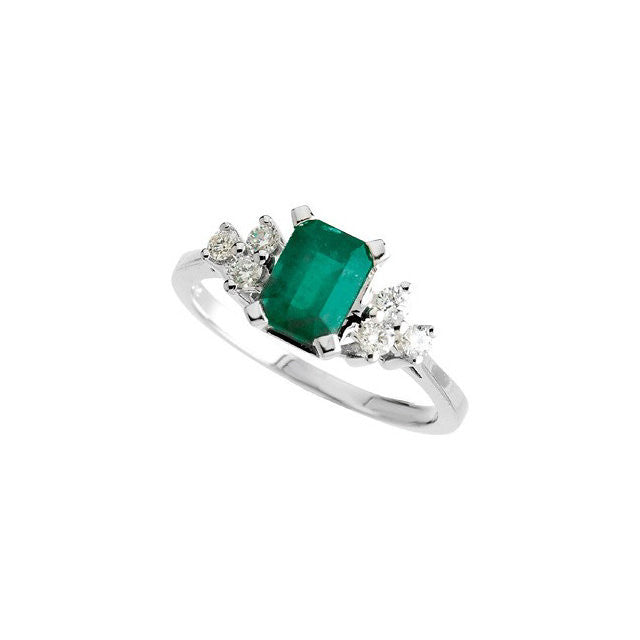 Ring > Emerald & Diamond > Genuine