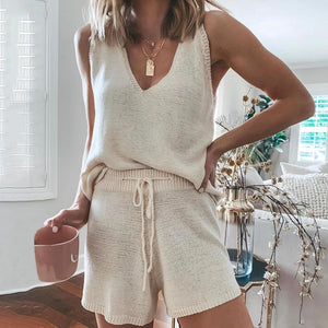 Vittyi Elegant Cream V-Neck Vest With Shorts Two-Piece Set