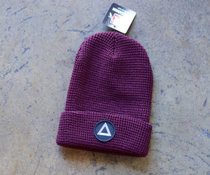 Load image into Gallery viewer, Burgundy Waffle Knit Beanie