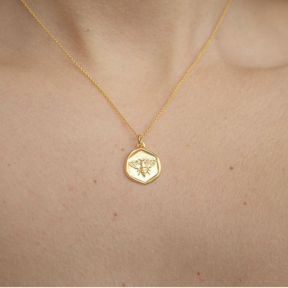 Honey XO necklace
