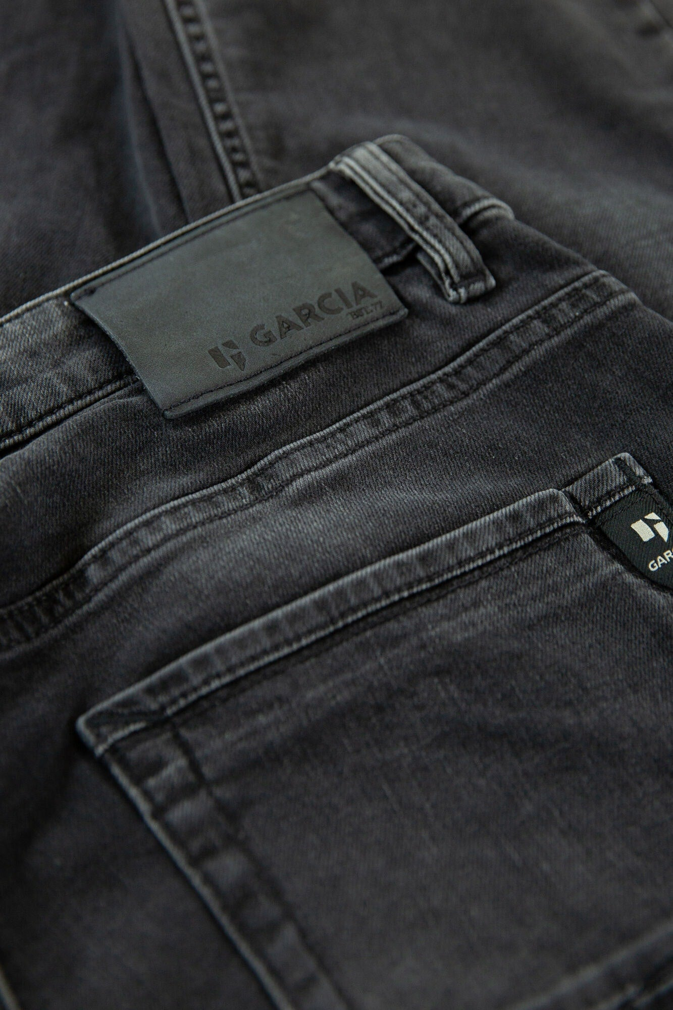 GARCIA Jeans Russo Medium Used Tapared Fit
