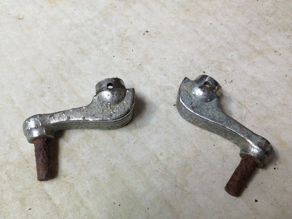 1938-1940 Packard - Wing vent window cranks