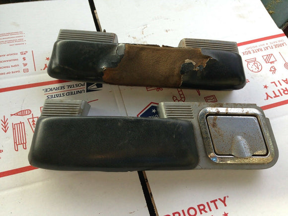 1967 Chevrolet El Camino-Arm rest & base