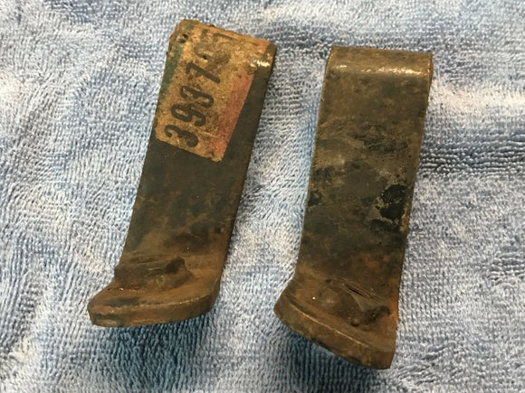 1968-1973 Corvette  Bumper Bracket Rear Center RH LH -NOS