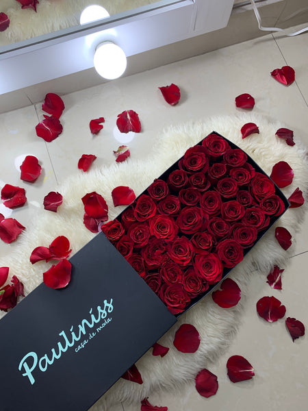 GIFT CARD $1000 + Flower Box Chica